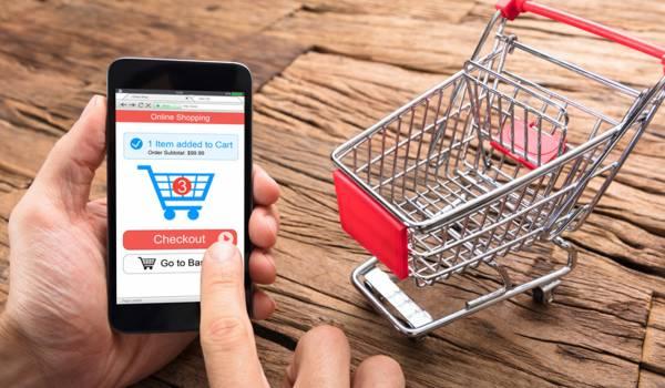 中国モバイルショッピング市場が新たな競争に躍り出る